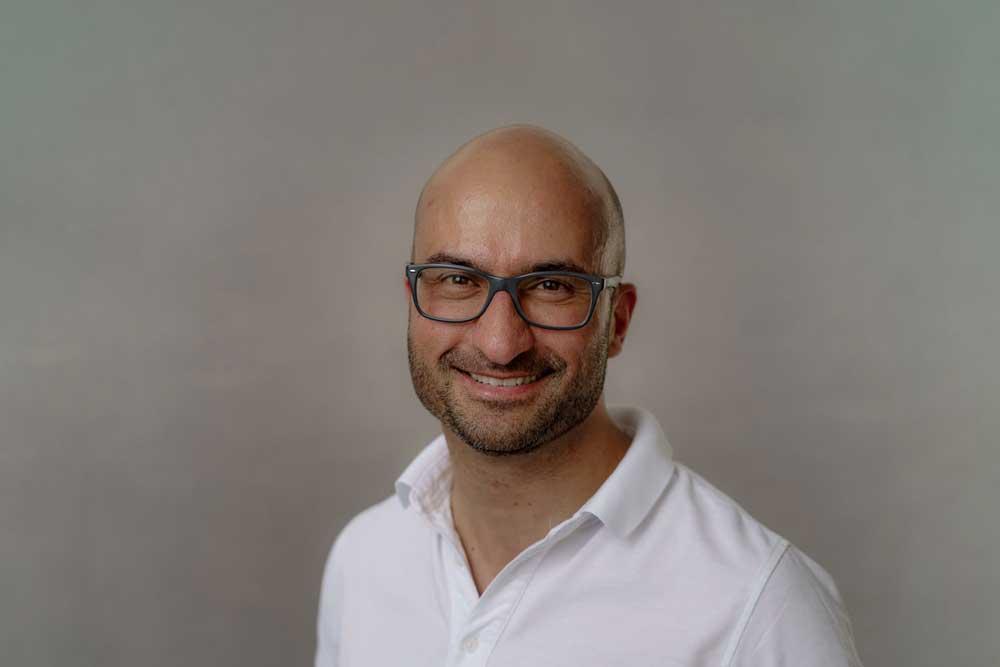 HNO-Plastische Operationen Stuttgart - Portrait von HNO-Arzt Dr. Maneschi